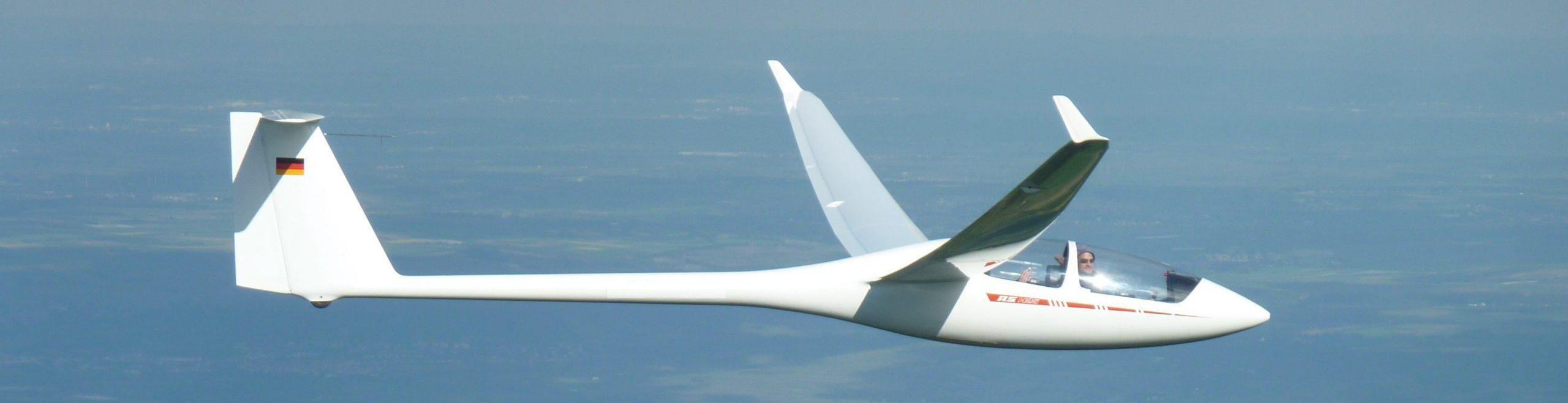 Photo eines Segelflugzeugs im Flug